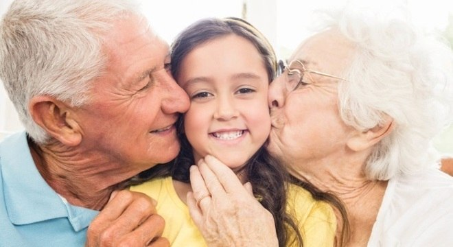 Justiça permite troca de sobrenome de infantes para homenagear avô