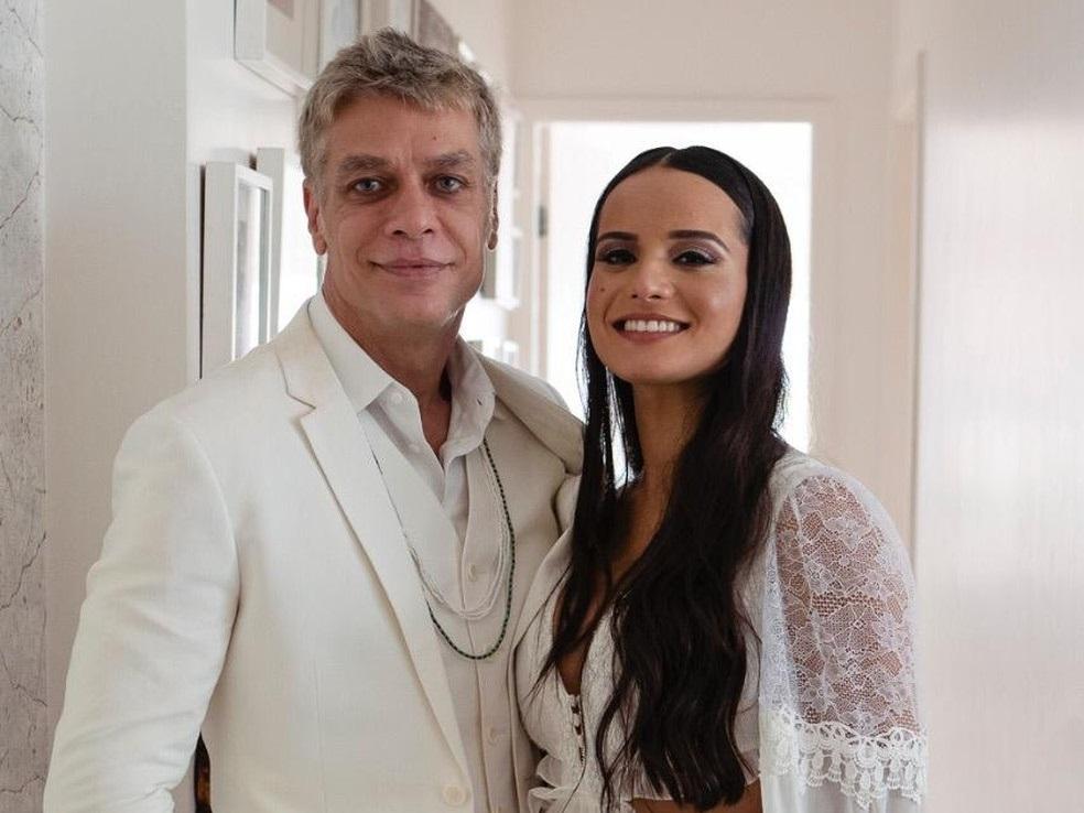 'Ana Verena agora é Assunção'. Por que a mulher ainda muda o nome ao casar?